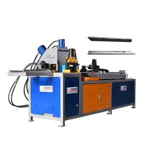 Rectangular duct making machine